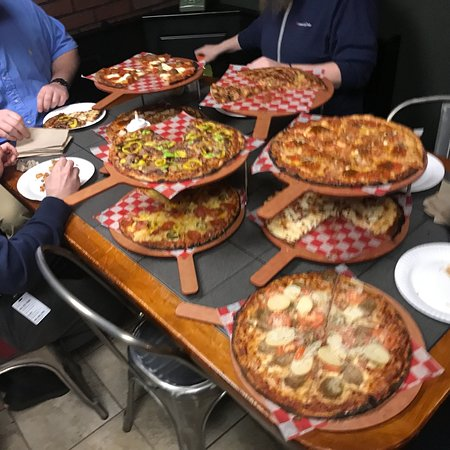 Kindles Wood Fired Pizzeria