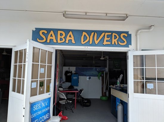 Saba Divers Photo