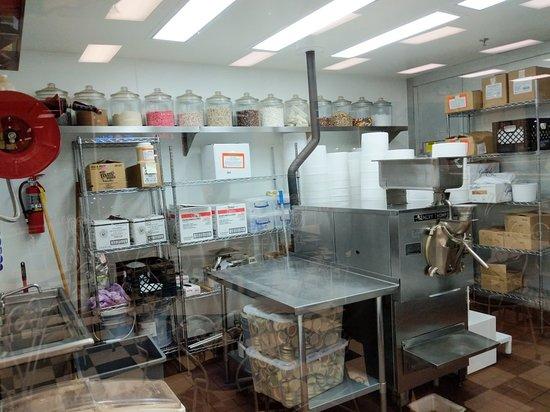 Elk Grove, CA: Leatherby's Family Creamery