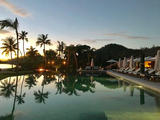 Six Senses Fiji: Six Senses poolside sunset