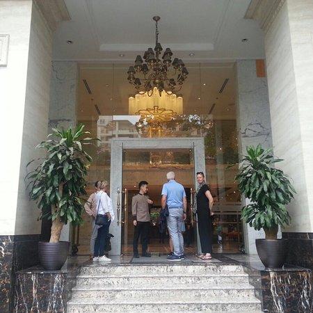 Goed hotel en uitstekend en behulpzaam personeel!