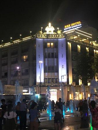 Rex Hotel Resmi
