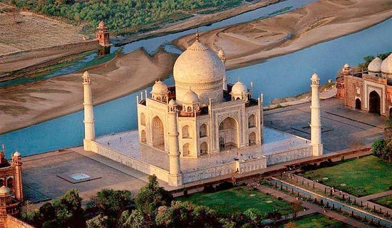 Taj Golden Tours