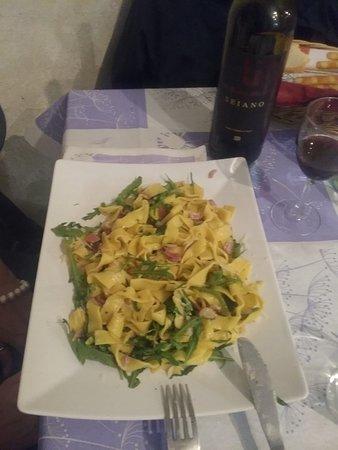 Castiglione in Teverina, Italien: Fettuccine della casa