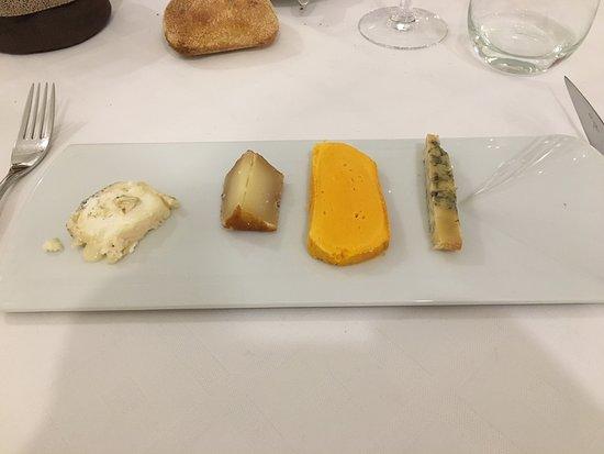 Dury, France: assiette de fromages