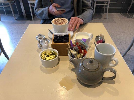 Renmore, Ireland: Tee oder Cafe