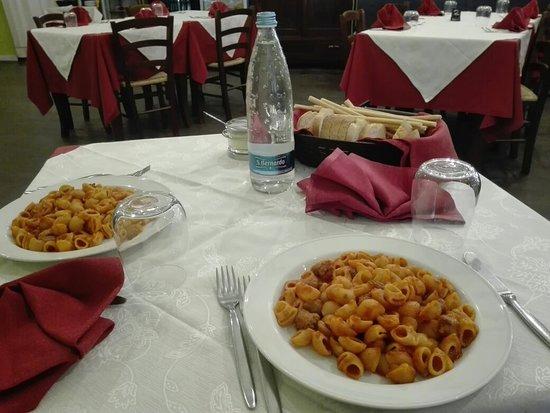 Demonte, อิตาลี: IMG_20180430_124054_large.jpg