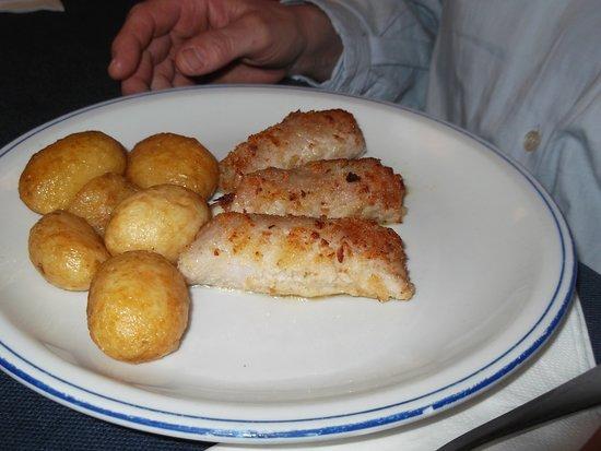Ristorante Bella Blu: involtini di maiale e pomodoro con patate al forno