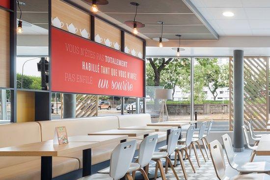 B b h tel bourges 1 bourges frankrijk foto 39 s reviews - Hotel pas cher bourges ...