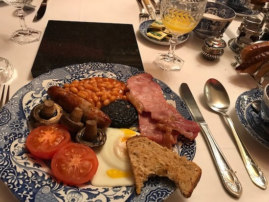 The Lonsdale Hotel: breakfast at the Lonsdale