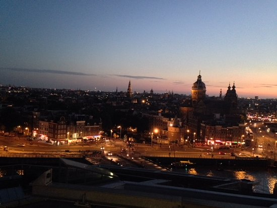 DoubleTree by Hilton Hotel Amsterdam Centraal Station: Vista do Skylouge