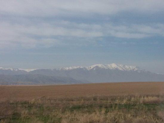 East Kazakhstan Province, Kasachstan: Дорога из Алматы в Бишкек
