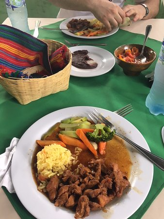 Armenia, Belize: Lunch in Guatemala after Tikal