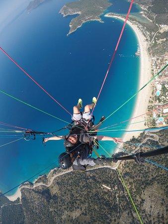 Sky Sports Paragliding: Flying