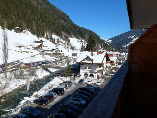 See, Austria: vu de la chambre