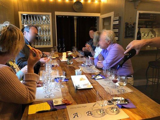 Murphys, CA: Wine Tasting at Lavender Ridge