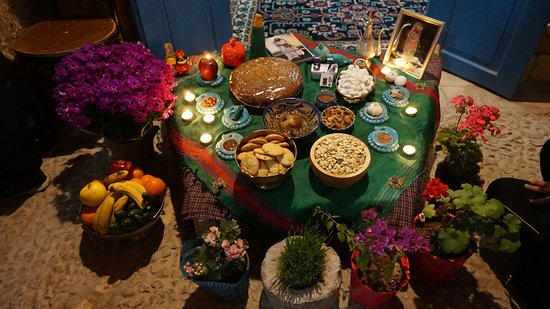 Nartitee Ecolodge : A Haft-sin table