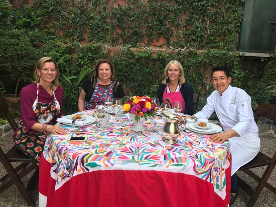 Cooking Classes with Paco Cardenas: Ready to enjoy our delicious meal