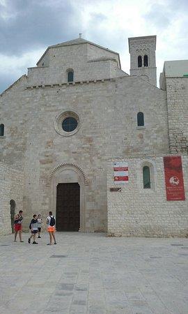 Duomo di molfetta parrocchia san corrado tripadvisor - Punto casa molfetta ...