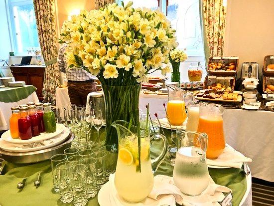 Casa Gangotena: Beautiful breakfast setting