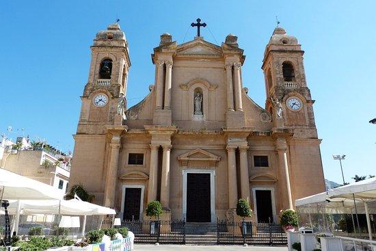Lungomare Terrasini: Die Chiesa Madre