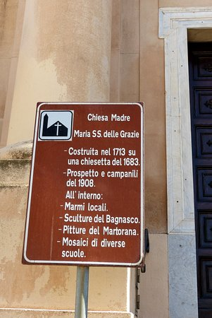 Lungomare Terrasini: Infotafel der Kirche