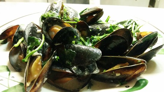 LaBelle, FL: Mussels Scampi