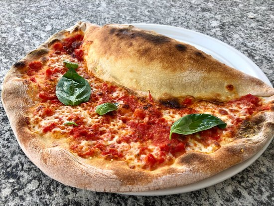 Obersaxen, سويسرا: Pizza Schmiede