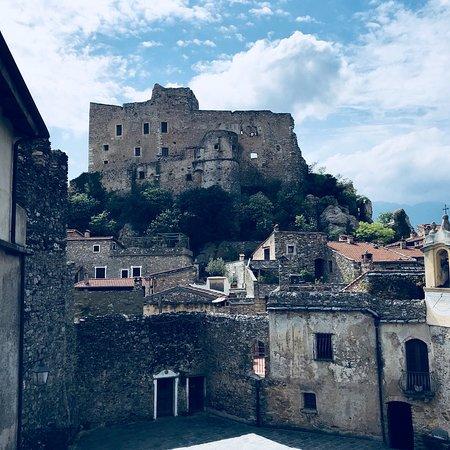 Castelvecchio di Rocca Barbena, Италия: photo0.jpg