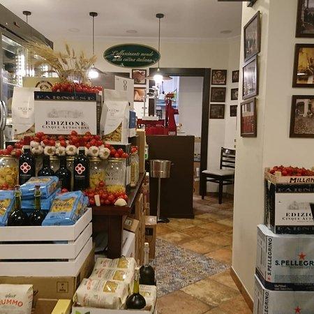Restaurante il termopolio en m laga con cocina italiana for Cocinas malaga precios