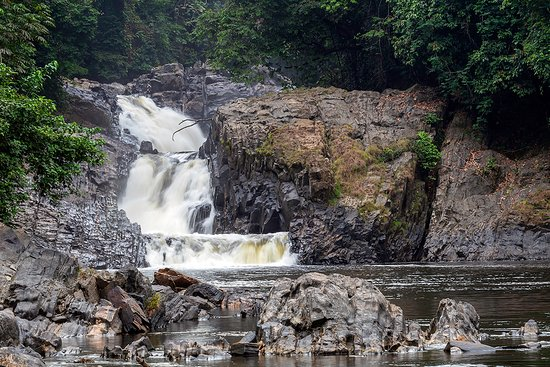 Calabar, Nigéria: The waterfall at the start of the rainy season