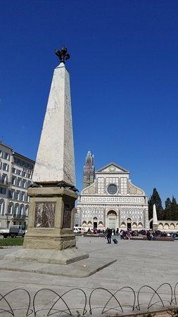 Piazza di Santa Maria Novella: Obelisk