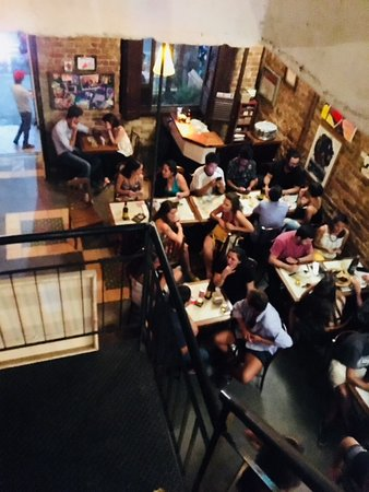 Cazota Bar: Great atmoshpere