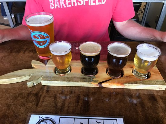 Brighton, CO: Flight and an IPA