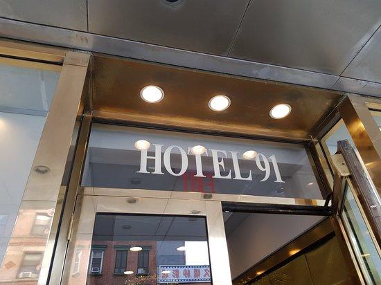 The Hotel 91: 20180430_151114_large.jpg