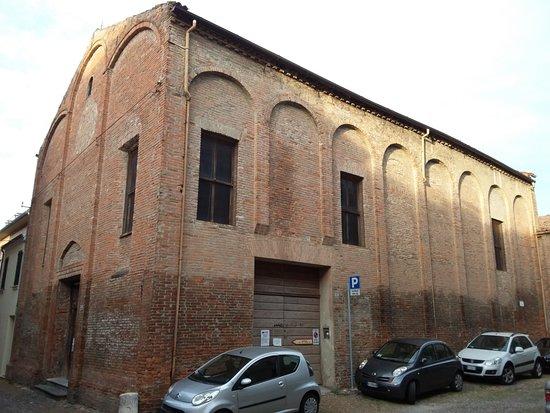 Ferrara, Italia: Fianco exchiesa