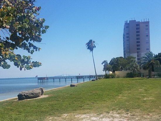 Magnuson Hotel Marina Cove: 20180424_152648_large.jpg
