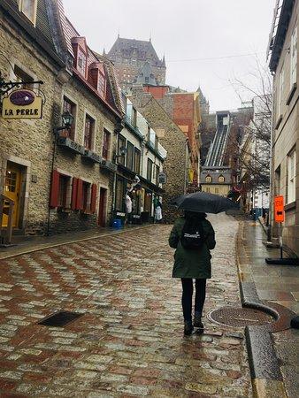 Hotel Le Saint Paul Quebec Parking