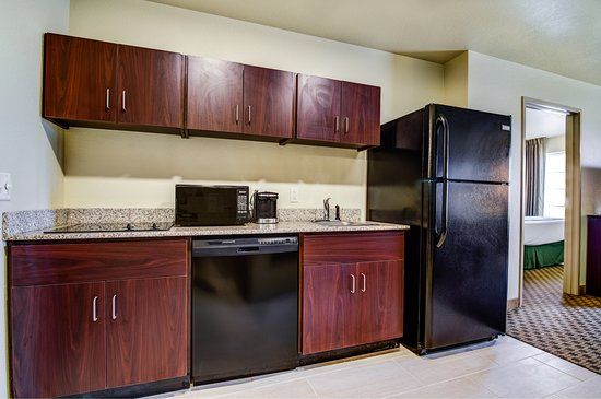 Bridgeport, NE: Our Extended Stay Suite also offers a kitchenette perfect for homemade meals on the road