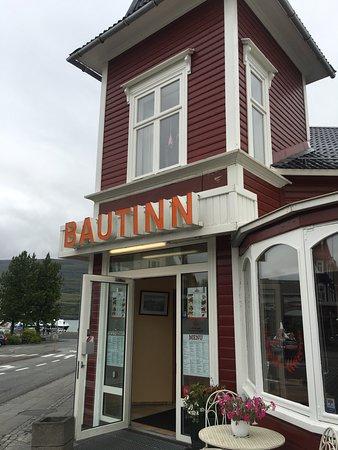 Bautinn: outside