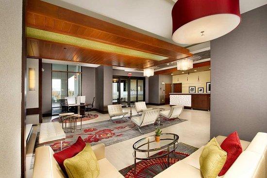 Hampton Inn Amp Suites Chattanooga Hamilton Place Updated