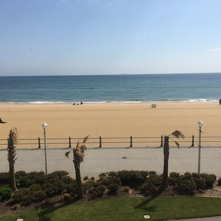 Hilton Virginia Beach Oceanfront: photo3.jpg