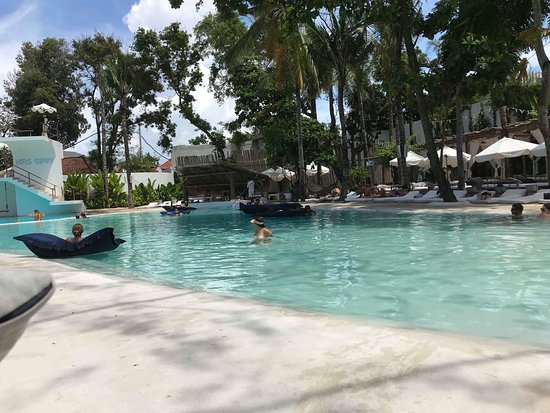 Mrs Sippy Bali: Beautiful outdoor pool area