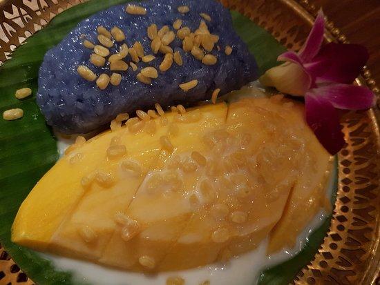 Madame Shawn: mango sticky rice
