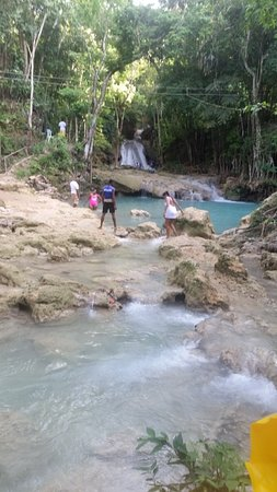 Irish Town, จาไมก้า: Blue Hole -  St Ann