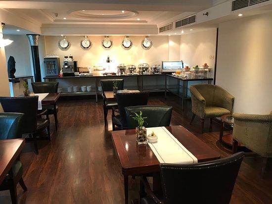 Sheraton Bahrain Hotel: Lounge