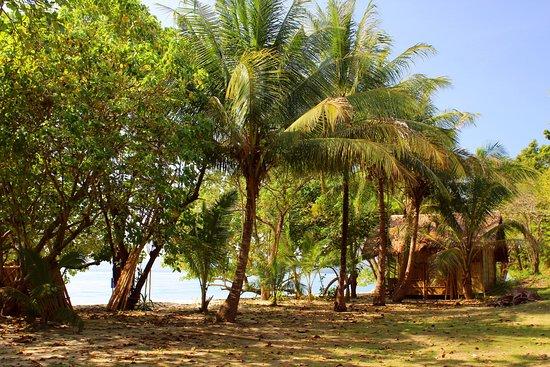 Rang Yai Island: Phuket: Koh Rang Yai  เกาะรังใหญ่  (Badeinsel)