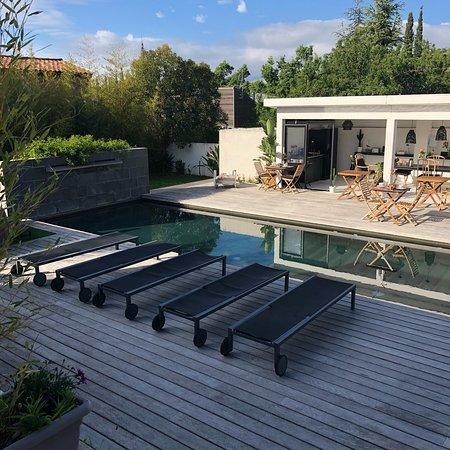 villa le sud cassis frankrig b b anmeldelser sammenligning af priser tripadvisor. Black Bedroom Furniture Sets. Home Design Ideas