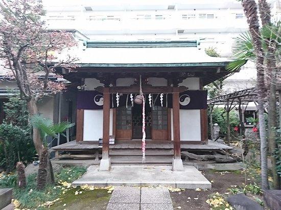 Oiwa Inari Shrine