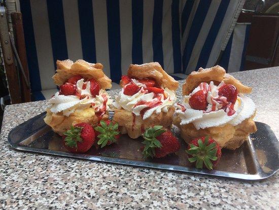 Aukrug, Germany: Leckere Erdbeeren